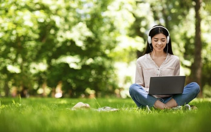 Why a Greenery-Filled Home is Conducive for Work from Home